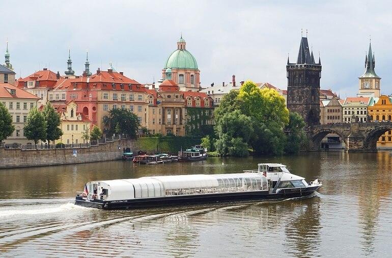 Паромы в Праге