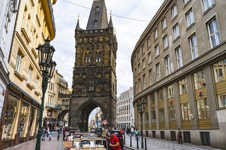 Сколько стоят экскурсии в Праге и Чехии